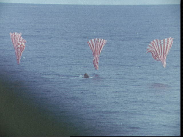 apollo 11 splashdown location - photo #26