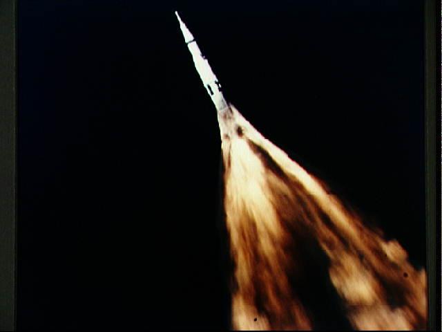 Saturn V - flammes au décollage 10074832