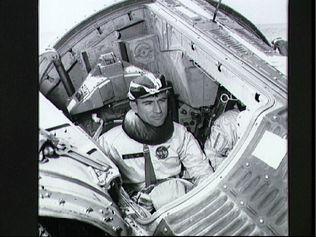 Susie & John Young Astronaut (page 3) - Pics about space